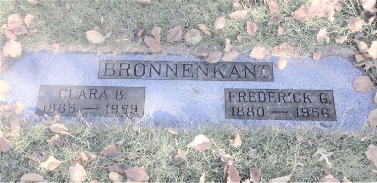 Frederick G and Clara Bronnenkant gravestone Roselawn Terre Haute IN