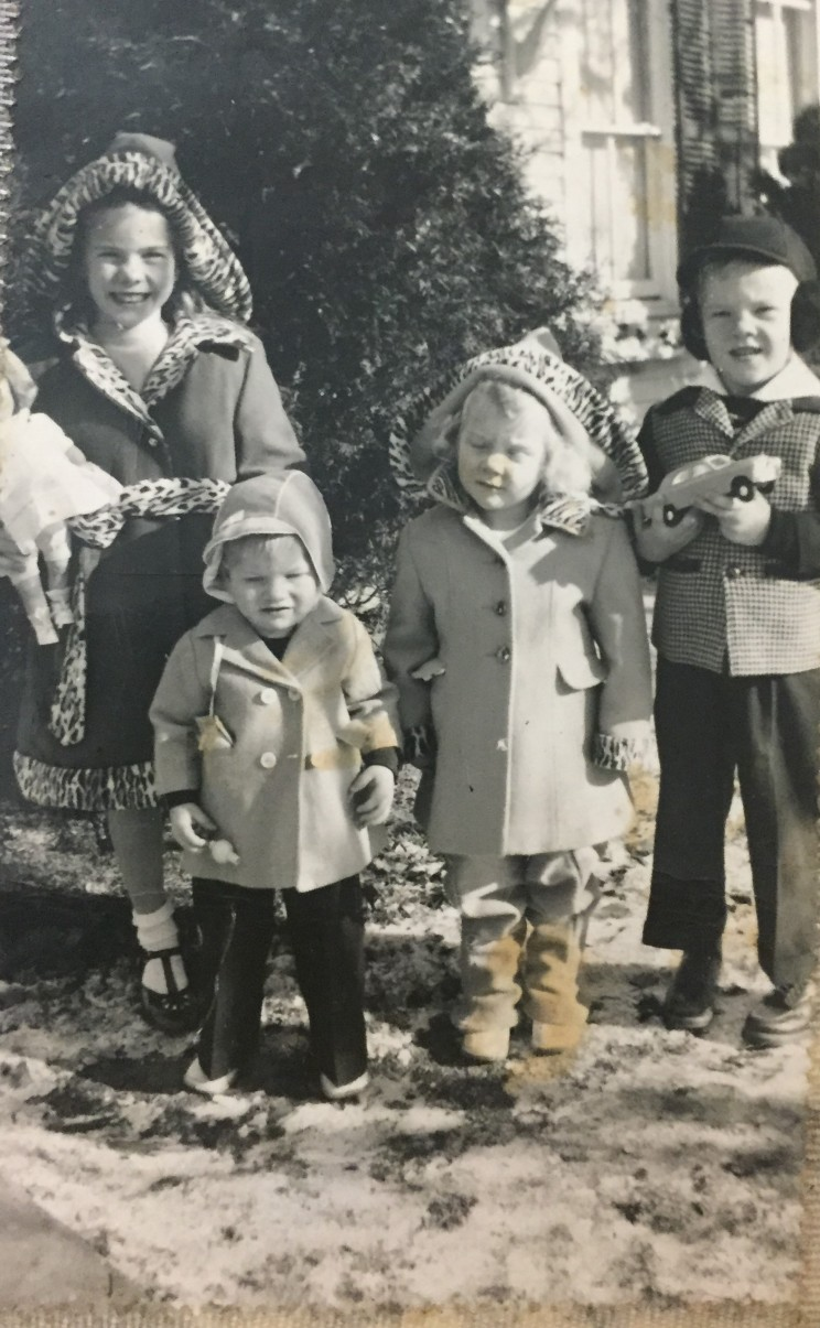 Courtney Meyer with 3 siblings