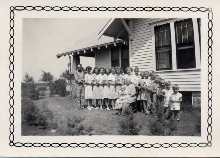 Engelken grandchildren 1943