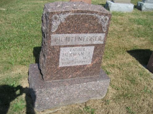 Herman Lichtenegger gravestone Trinity Altenburg MO
