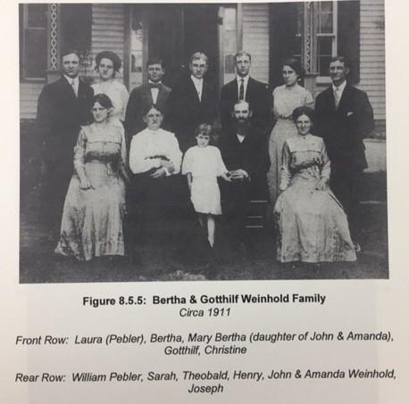 Gotthilf Weinhold family 1911