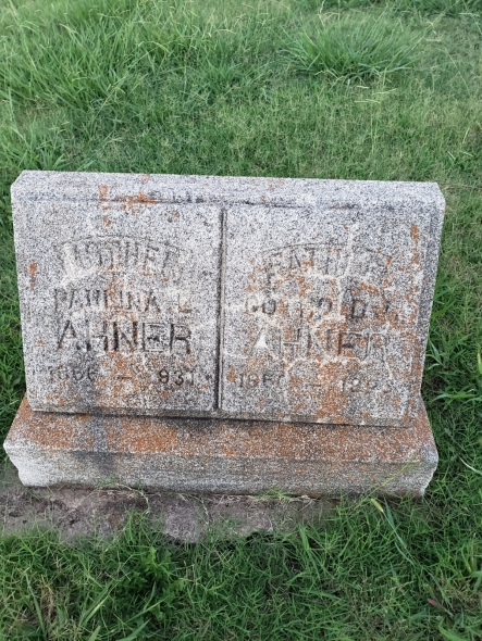 Gotthold and Pauline Ahner gravestone Fairlawn Stillwater OK