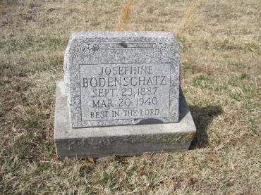 Josephine Bodenschatz gravestone Immanuel New Wells MO