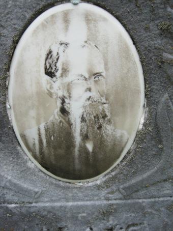 Gotthilf Weinhold gravestone face Concordia Frohna MO