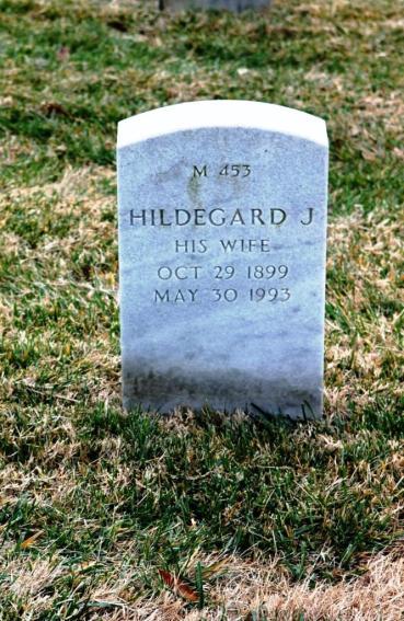 Hildegard Weinhold gravestone Jefferson Barracks St. Louis MO