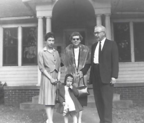4 at Nina's 1960-10
