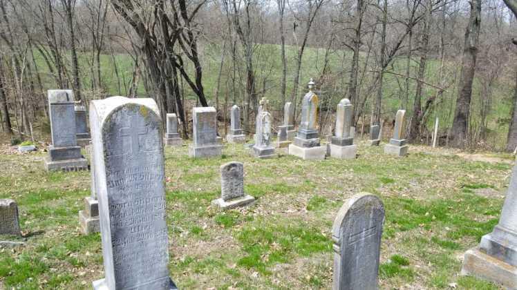 Anna Hilpert gravestone 2 Concordia Frohna MO