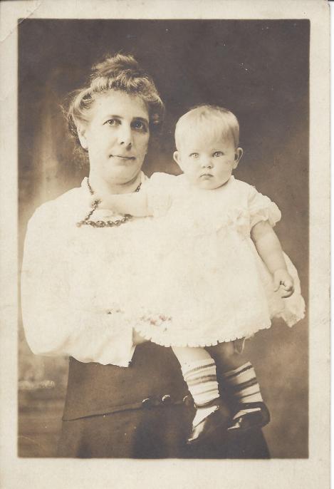 Katherina and Anita Koestering