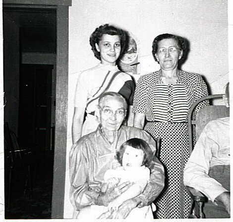 Lena Tiedemann four generations