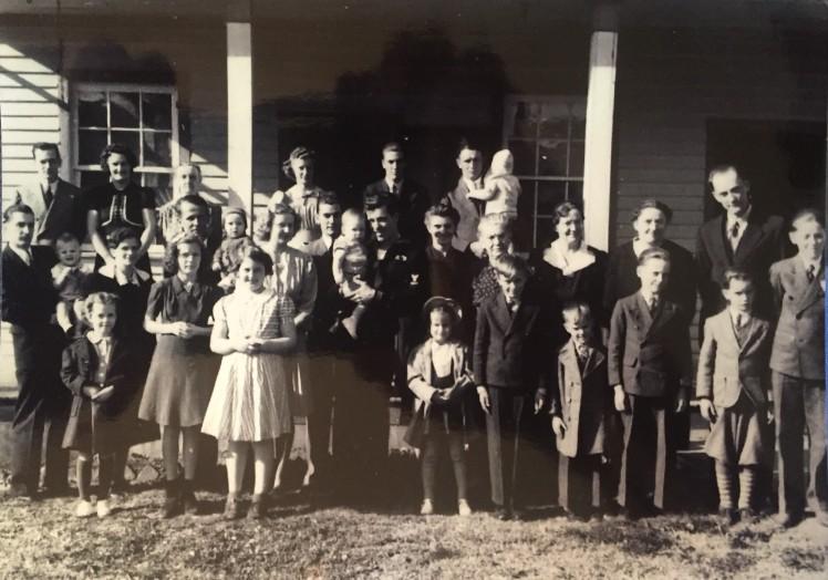 Bertha Schmidt family photo October 25, 1942