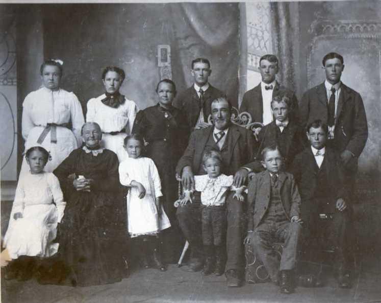 John and Rosa Emmendorfer family